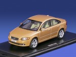 Volvo S40 2008 (gold)